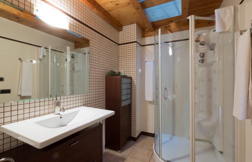 Casa Rural con baño completo